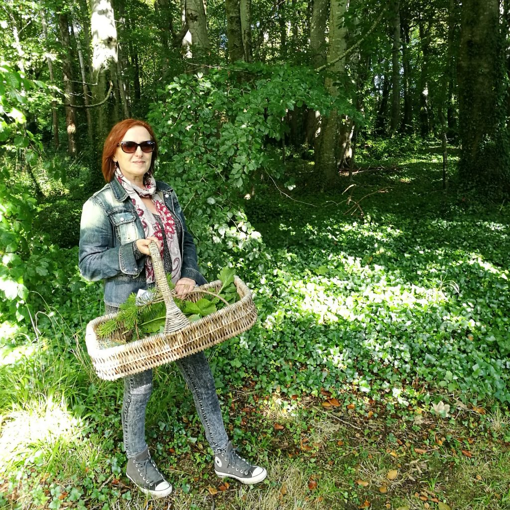photo of denise foraging